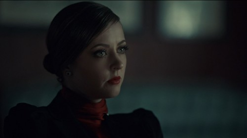Hannibal-Season-2-Episode-8-Su-zakana-Katharine-Isabelle-as-Margot-500x280