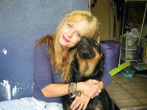 linnea with dog