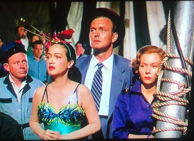 Greatest - Dorothy & Gloria Worried